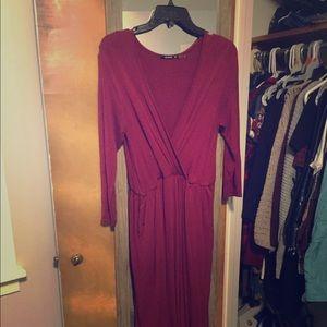 Wrap maxi dress with skits and pockets